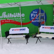 Intersport-Schuhtest-Shoe-Test-Logobank-Logobench-POS-Event-Merchandise-Werbung-Advertising (Large)