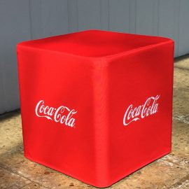 roter Flatcube mit Coca Cola Logo