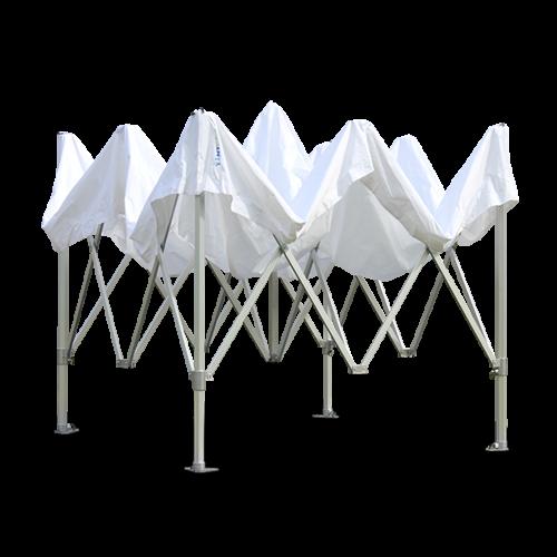 Weißes Faltzelt, geöffnet nicht aufgestellt