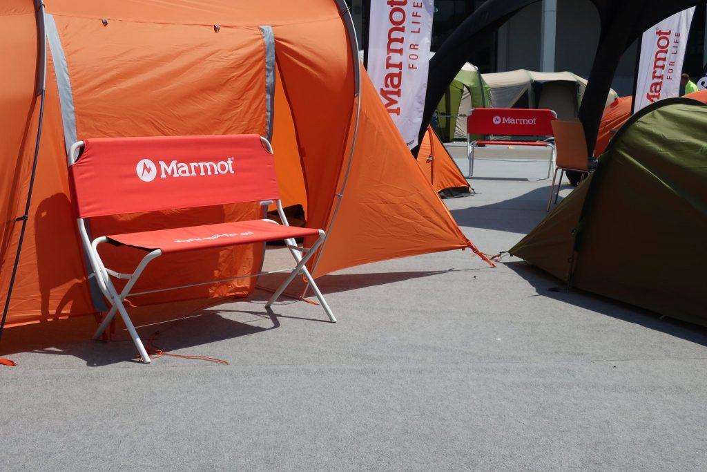 Outdoor-Messe-Werbung-Logobank-Beachflag