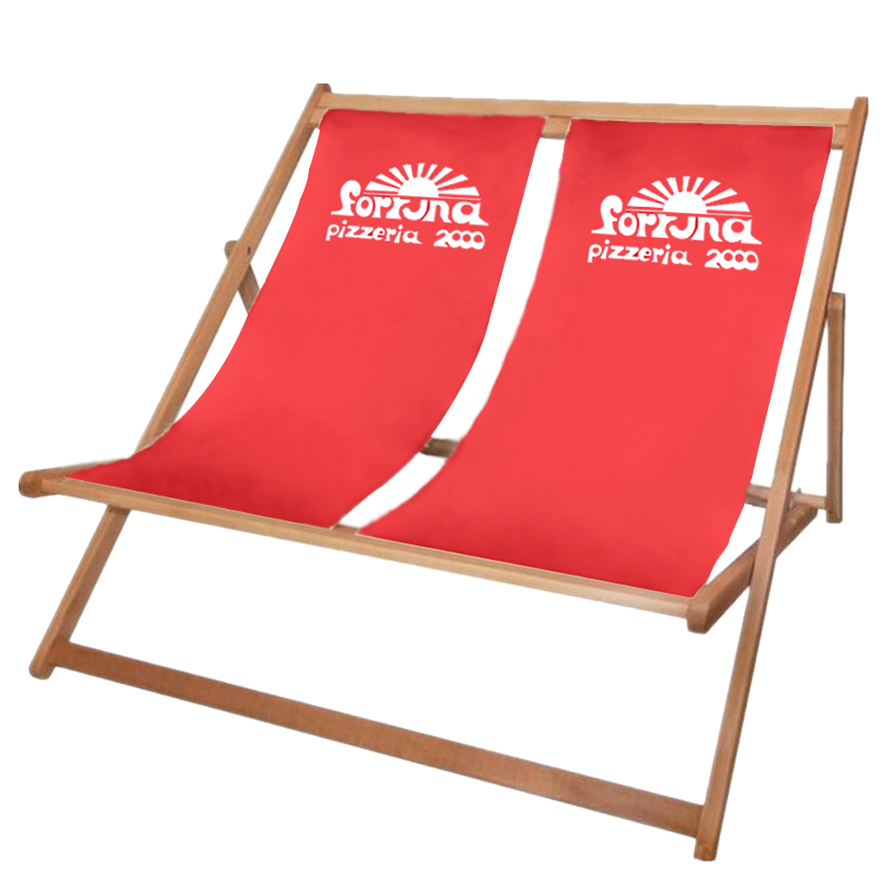 Doppelter bedruckter Liegestuhl aus Holz in rot