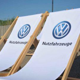 Bedruckte Liegestühle von VW