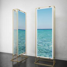 zwei Design POS Displays mit Meeres Design