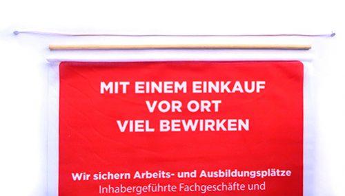 Bedruckter Holzstab Banner